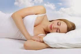 ¿No puedes conciliar el sueño o al despertar te duele todo tu cuerpo?, tal vez se deba a que tienes una de las peores posturas para dormir, ya que la forma en cómo dormimos afecta desde nuestra salud hasta nuestro estado de ánimo.