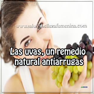 Las uvas, un remedio natural antiarrugas, las uvas son ricas en polifenoles, las sustancias que protegen el colágeno y la elastina de la piel, por lo que es capar de aportar juventud y firmeza a nuestro rostro.